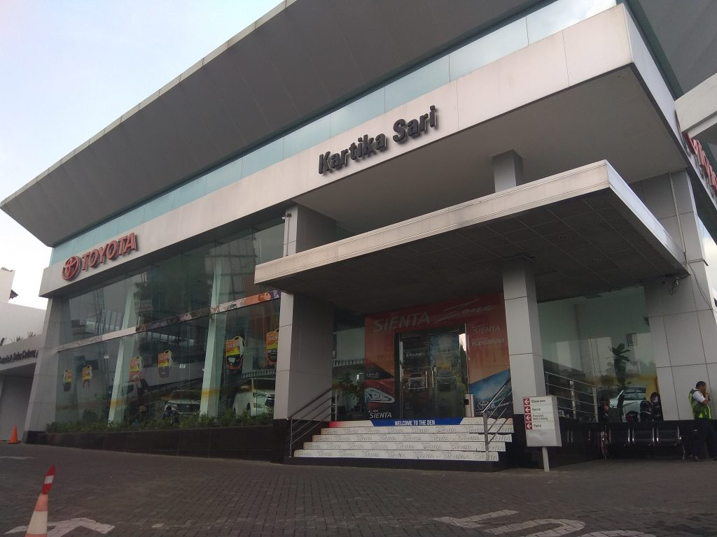 Toyota Kartika Sari Dealer Kartikasari Malang  Showroom Bengkel Servis